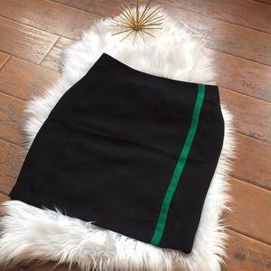 Banana Republic Skirt - Size 8
